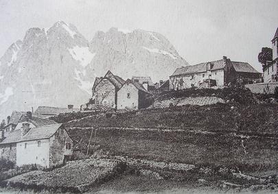 L' entrée du village